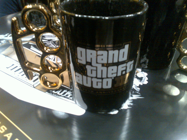 GTA III 10th Anniversary Mugs 2