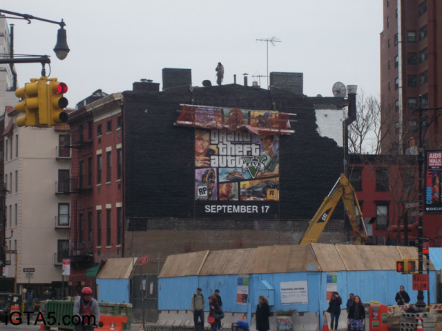 GTA V Cover Art Ad in NYC Being Painted 5